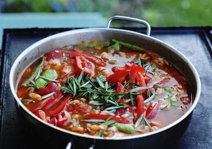 Испанский суп пучеро
