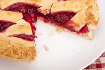 Клюквенно-вишневый пирог