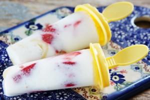 Бананово-клубничное мороженое
