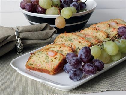 Закусочный хлеб с лососем
