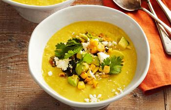 Сладкий суп с кукурузой и гуакамоле