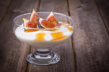 Йогурт с инжиром и медом