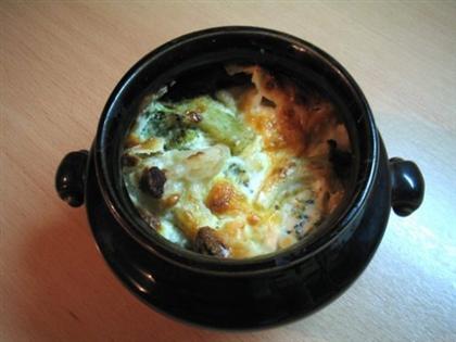 Похлебка из сардин в горшочке
