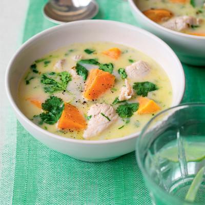 Куриный суп с тыквой по-тайски