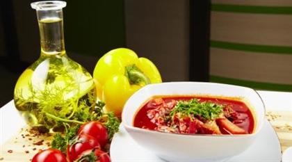 Шурпа с томатами и базиликом