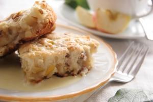 Фруктовый пирог с орехами
