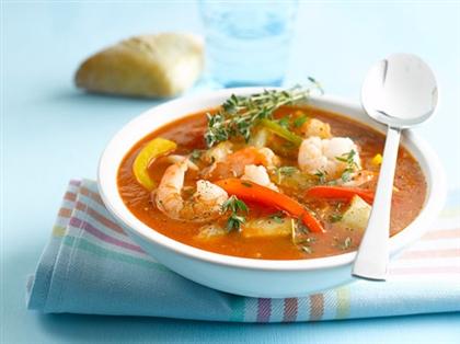 Суп с овощами и креветками