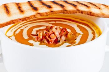 Тыквенный суп с беконом